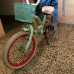 Kinderbike in grün und Korb